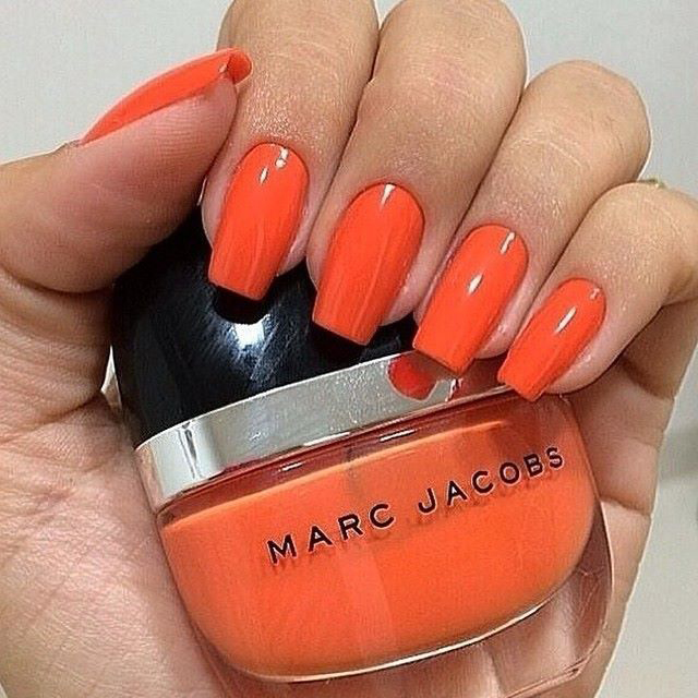 Fantástico Pálido Esmalte De Uñas De Color Naranja Composición ...
